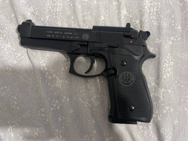 Umarex Beretta 92FS calibro 4.5 Co2