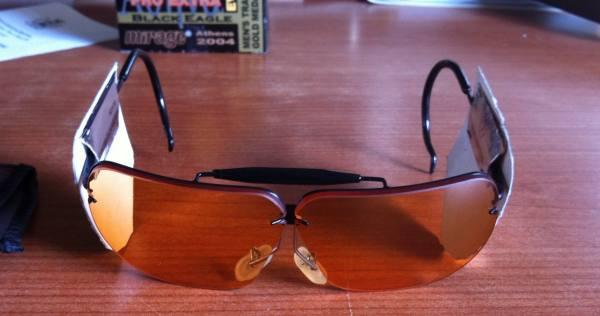 Occhiali da tiro modello hy wyo marca decot mercatino for Occhiali da tiro a volo zeiss